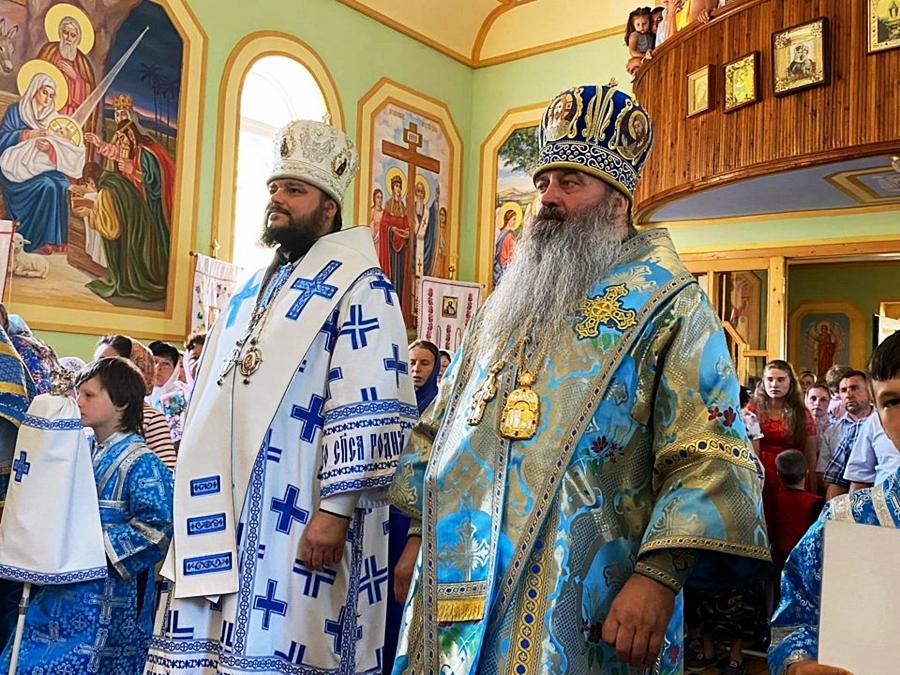 Архиепископ Ефрем молитвенно отметил восьмую годовщину своей архиерейской хиротонии праздничным богослужением в Закарпатье