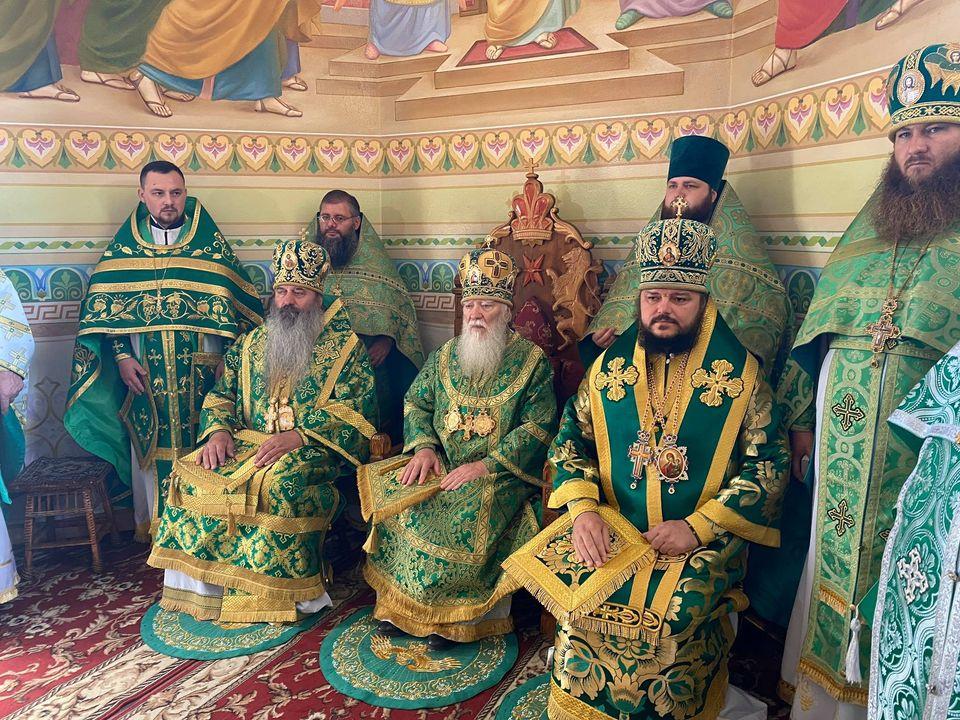 Бердянский Преосвященный поздравил с днем тезоименитства епископа Угольского Симеона, викария Хустской епархии