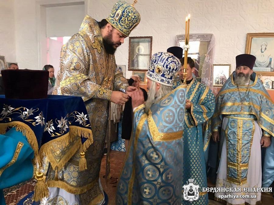 Архиепископ Ефрем совершил богослужение в Покровском храме с.Борисовка, Приморского церковного округа