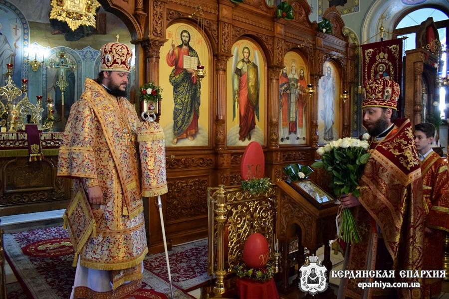 «Ликует ныне, град Бердянск…» В главном соборе епархии почтили память новомучеников и исповедников Бердянских